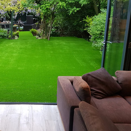 Artificial grass insallation in a Bexely office