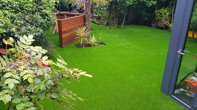 amazing work by astroLondon with astro turf installation